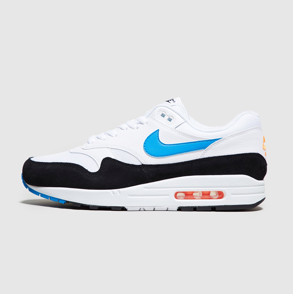 619074ca5d size? | Shop Footwear, Clothing & Accessories | Trainers, T-Shirts ...